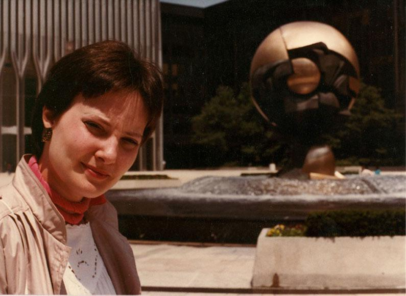"MY_WTC #136 | Danny 1983 | Julie in front of ""The Sphere"""
