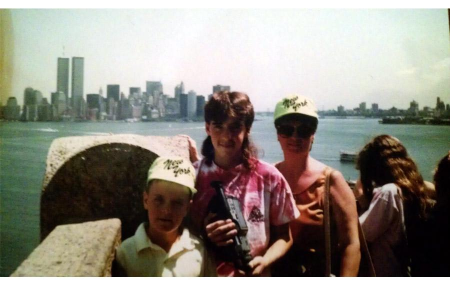 MY_WTC #252 | David  1989 | Me, My Brother and Mom