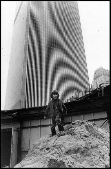MY_WTC #393 | Flo 1973 | my son in front of twin towers