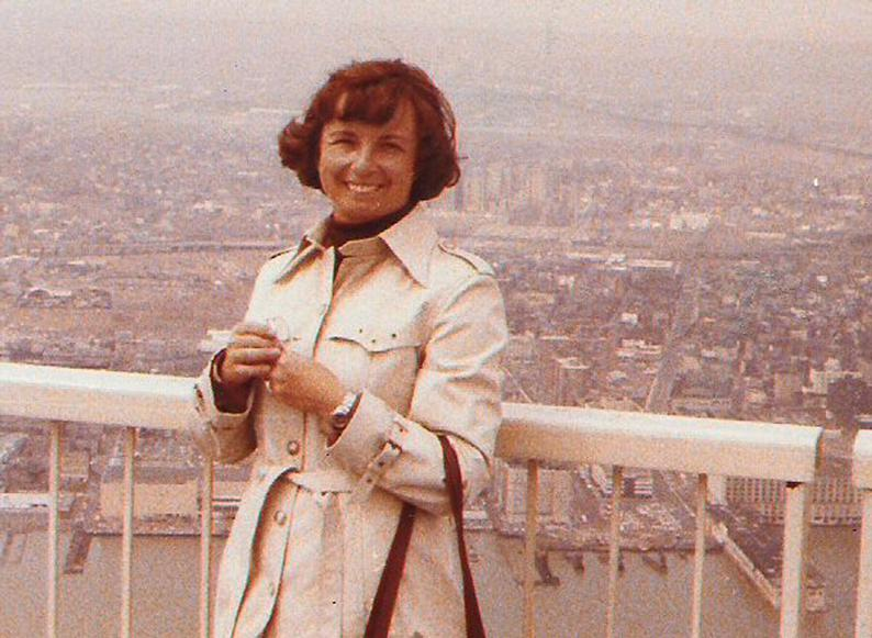 MY_WTC #586 | Herbert 1978 | Johanna on top of the world
